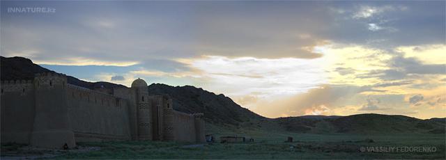 Закат над крепостью